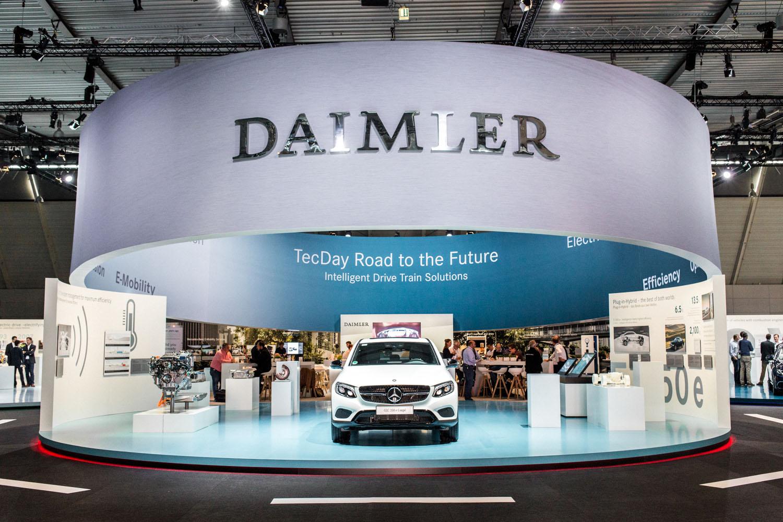 viertelvor-marcuswerner_daimler-elektroauto-1-2
