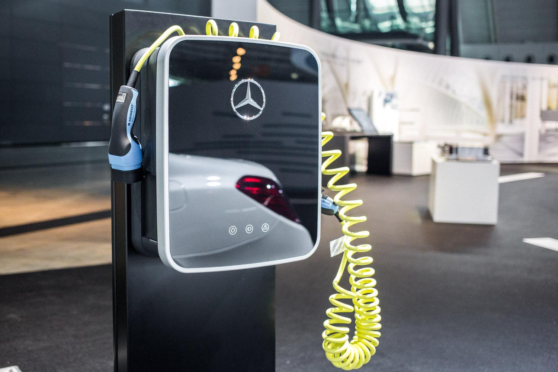 viertelvor-marcuswerner_daimler-elektroauto-24
