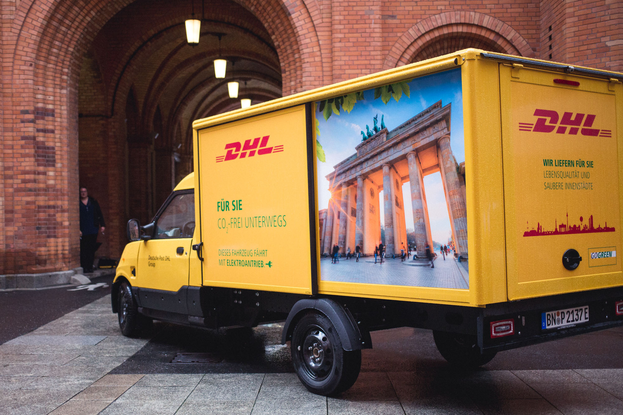 viertelvor_streetscooter-dhl-14